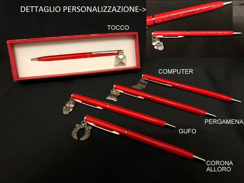 Penna metallo con scrittaPERSONALIZZABILE con ciondolo ottone bagno argento con scatola. CM 13 MADE IN ITALY