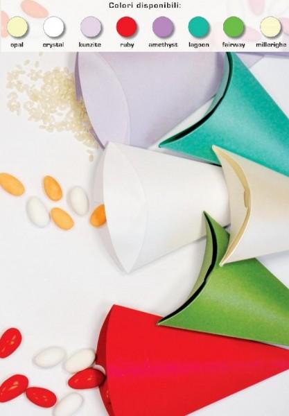 Pacco 10 coni carta vari colori con chiusura.