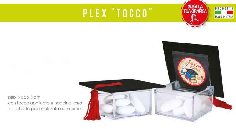 Scatola plexiglass 5x5x3 con tocco applicato e nappa, con etichetta laurea personalizzata